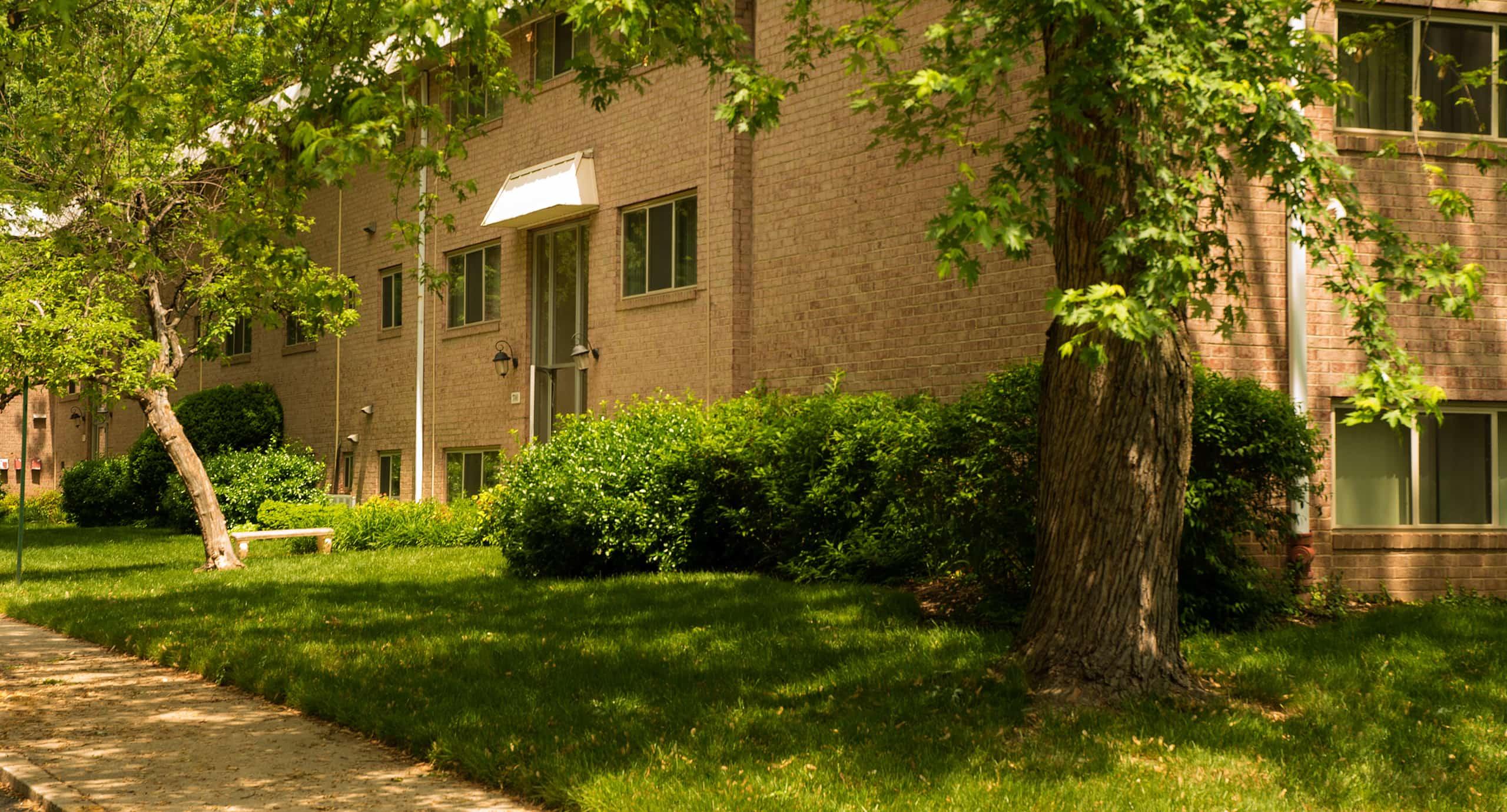 Somerset at Towson Apartments exterior